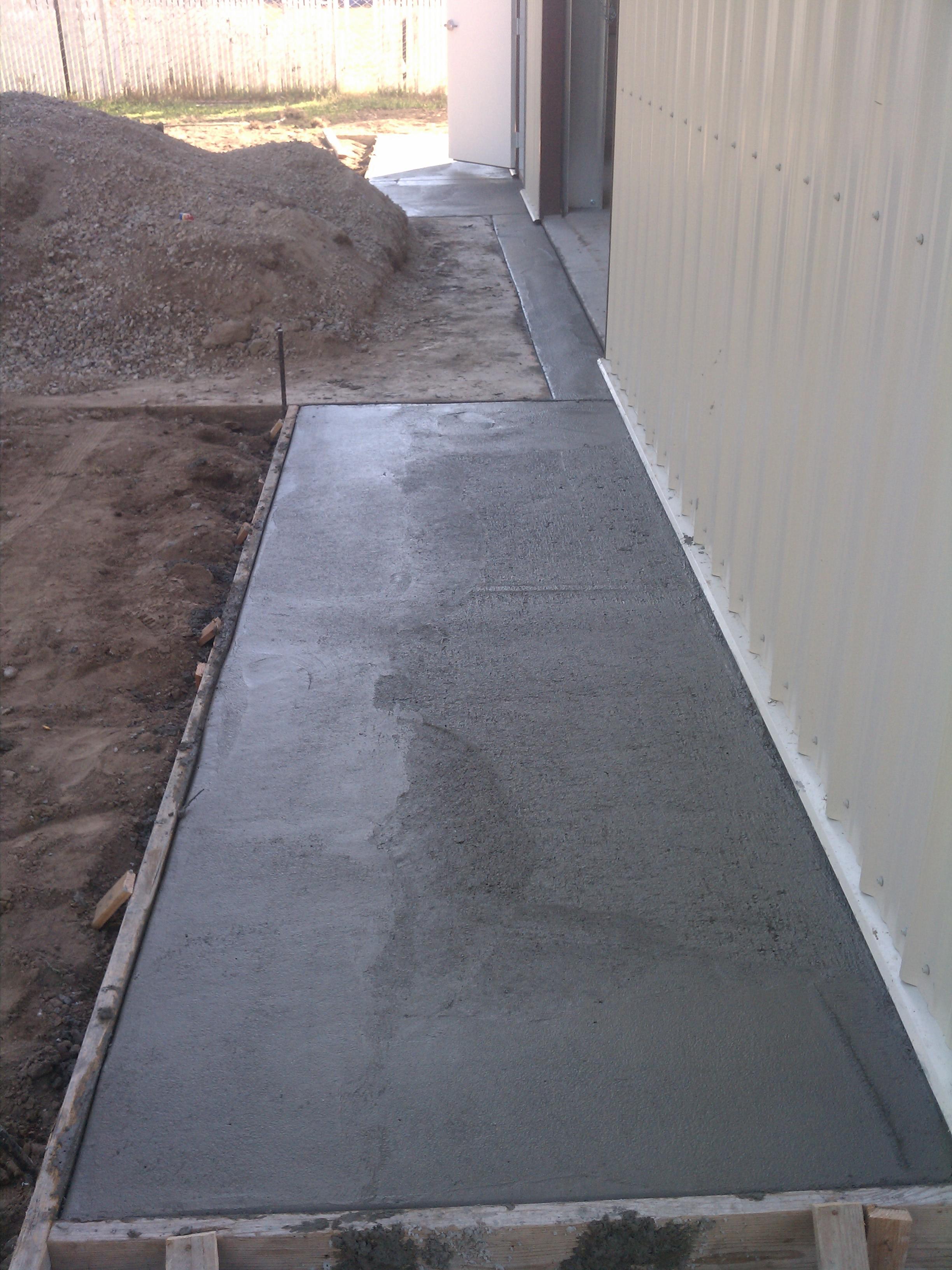 Concrete Apron Robotranch